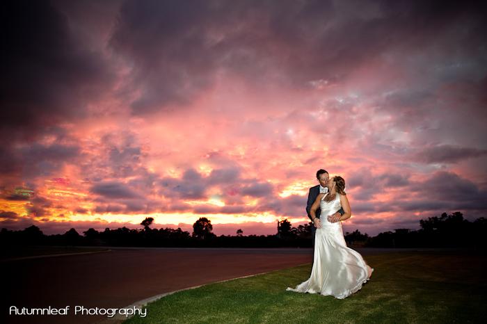 Yanthe & Mark - Sunset Kisses