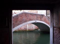 Ponte (Grabby Walls) Tags: world travel venice italy italia places venezia viaggi viaggio veneto viaggiare grabbywalls