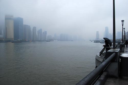 i42 - Up the Huangpu