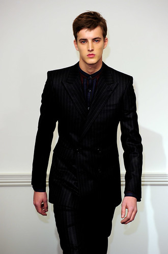 James Smith3046_FW10_London_Gieves&Hawkes(coutorture.com)