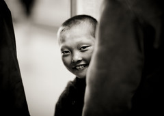 It ended with a smile - Pyongyang North Korea (Eric Lafforgue) Tags: blackandwhite smile happy kid war asia child noiretblanc korea asie coree enfant sourire northkorea dprk coreadelnorte nordkorea 5024    coreadelnord   insidenorthkorea  rpdc  kimjongun coreiadonorte