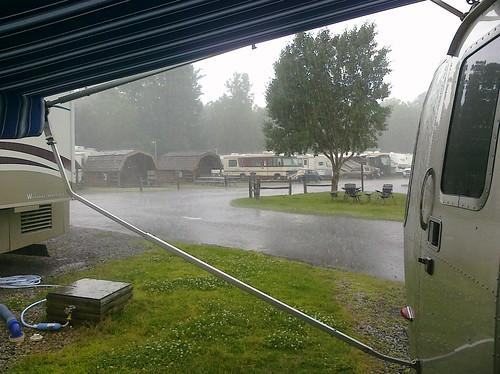 thunderstorm in memphis.