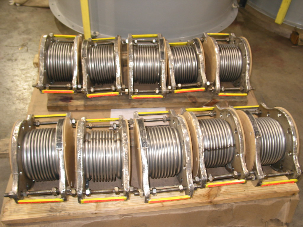 188 Single Tied Expansion Joints for a Construction Company in California