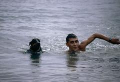 Jose y Nesca (Kasabox) Tags: sea dog man swimming libertad freedom mar perro humano hombre natacion