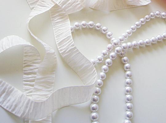 Bark Ribbon and Pearl Necklace -Materials