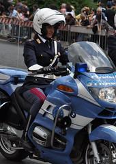 2 June 2010 Rome / Due Giugno 2010 Roma (Oscar in the middle) Tags: army italian carabinieri guardia italiano ejercito polizia esercito