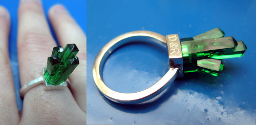 dee & ricky lego ring emerald city