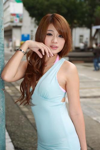 [フリー画像] 人物, 女性, アジア女性, ドレス, 201102150900