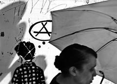 (leo.eloy) Tags: street shadow urban bw woman brasil digital umbrella photography stencil grafitti saopaulo mulher pb urbanart anarchy rua anarquia 2010 guarulhos guardachuva adamastor leoeloy