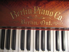 Berlin Piano - logo and keys (Ponyta!) Tags: music ontario berlin montral antique montreal victorian piano kitchener beethoven restored classical upright mozart musique vivaldi droit classique victorien restaur