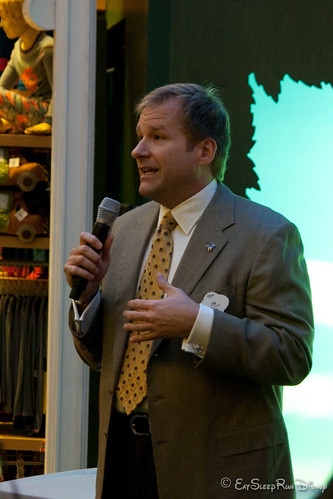 Jim Fielding, Prez of Disney Stores Worldwide