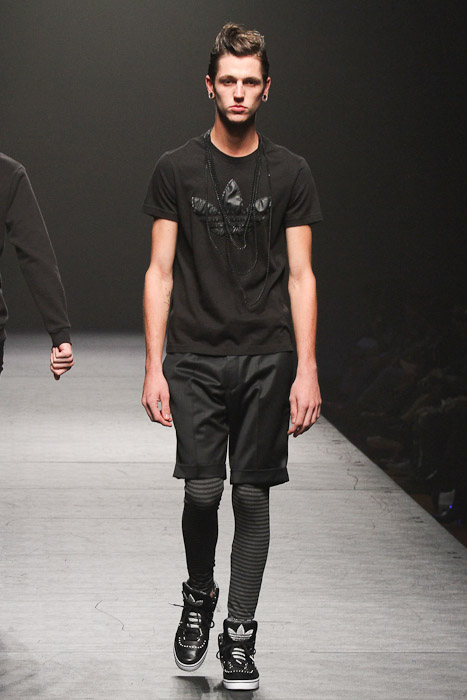 Tommy Cox3023_SS11_Tokyo_VANQIUSH(Fashionsnap)
