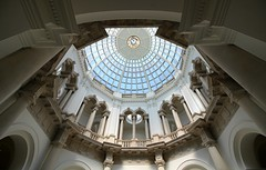 Domed Octagonal Hall, Tate Britain (shadow_in_the_water) Tags: rotunda dome octagonalhall vestibule gradeiilisted tategallery arches architecture tatebritain millbank pimlico london sw1 sidneyrjsmith