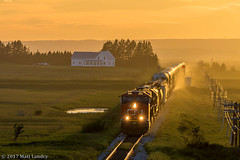 Sunset Eastbound (saintjohnrailfan) Tags: train sunset yellowsun nova scotia newbrunswick cnr beautiful yellow fort lawrence