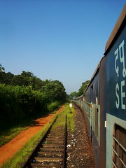 468 Train, Karnataka (Bennie Lava) Tags: india train perspective rail trains karnataka