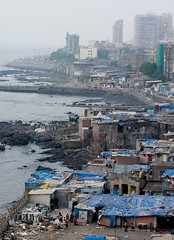 IMG_6600 - lifes a beach (Mr Jon Ardern Esq.) Tags: sea india mumbai slum
