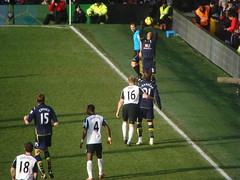 Fulham v Spurs (nicksarebi) Tags: spurs football soccer cottage fulham craven crouch duff hughes throwin pantsil