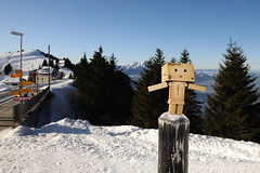dieter on top (Toni_V) Tags: snow mountains nature landscape schweiz switzerland suisse hiking pilatus dieter 2009 randonne rigi d300 danbo revoltech danboard dsc6925 091227