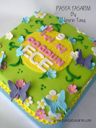 FLOWERS AND BUTTERFLYS CAKE - ECE'S BIRTHDAY