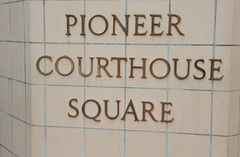Pioneer Courthouse Square, Nov 2009 - 01