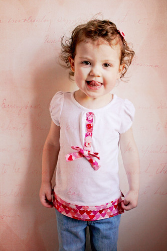 Gooey Hearts Day Shirt Makeover Tutorial