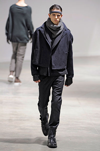 Jeremy Young3165_FW10_Paris_Lanvin(curvaLL@mh)