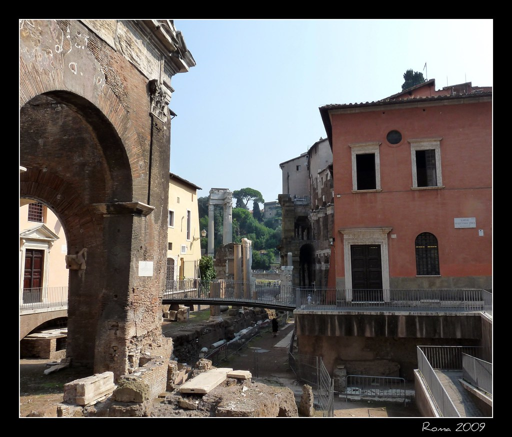 Giornata della Memoria:  Roma - Largo 16 Ottobre 1943
