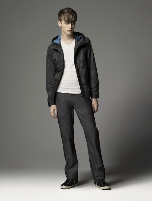 Daniel Hicks0047_Burberry BL(official)