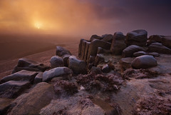 Frost on Higger Tor (andy_AHG) Tags: greatbritain winter wild england mist cold ice rural sunrise landscape outdoors countryside rocks frost britain heather peakdistrict earlymorning scenic moors british pennines darkpeak southyorkshire higgertor nikond200 burbagevalley hathersagemoor