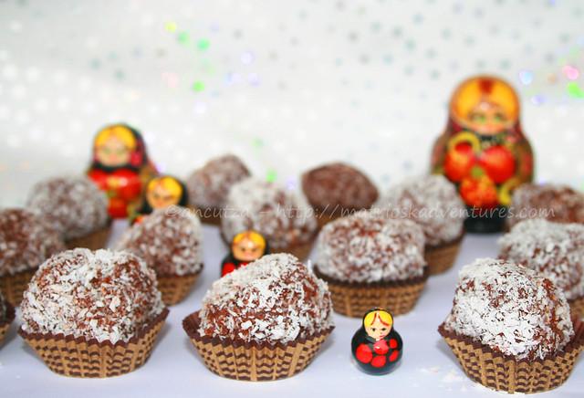 immagine foto Tartufi al cioccolato con cocco