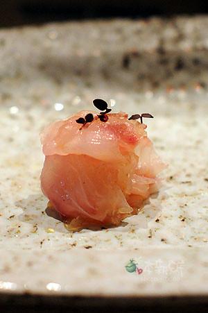 秋哥生魚片