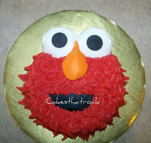 Smash Cake for Baby`s 1st Birthday