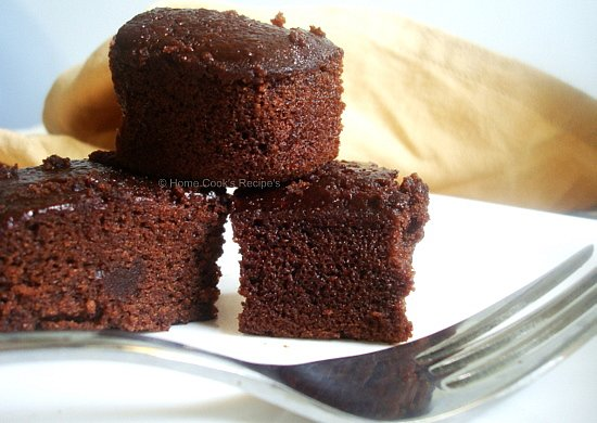Moist Chocolate Cake prepared using Vinegar