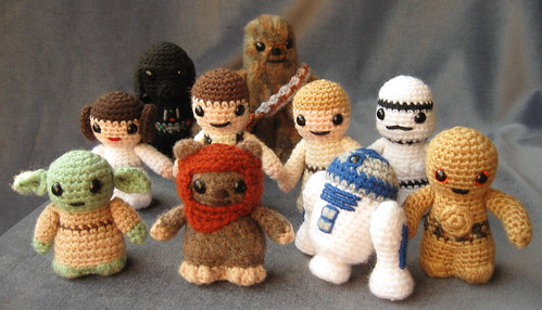 Free Crochet Star Wars Doll Patterns : Mini Crochet Star Wars Figures (Amigurumi)