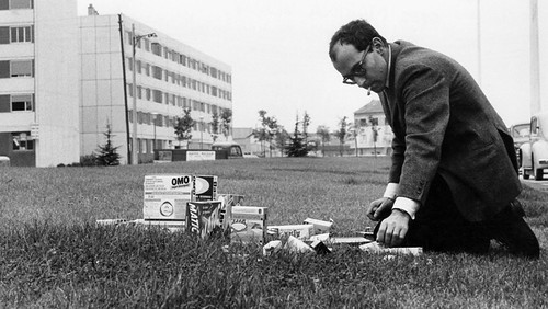 Godard - making the last shot of 2 or 3 Things