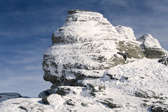 La sfinge - The sphinx (Buteni, Romania) (ricsen) Tags: naturaleza snow ski nature natura romania neve forests paesaggio sci brasov romanian prahova roumanie busteni foreste muntenia whitelandscape