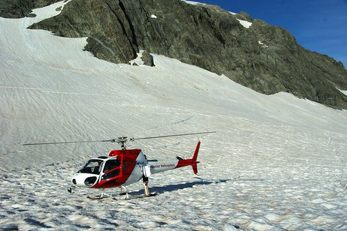 Eurocopter AS350 on Fox Glacier/福斯冰河