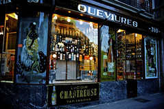 Queviures - Barcelona (Enhanced Reality) Tags: barcelona shop spain chartreuse retro catalunya barcelone liqueur eixample queviures espagñe