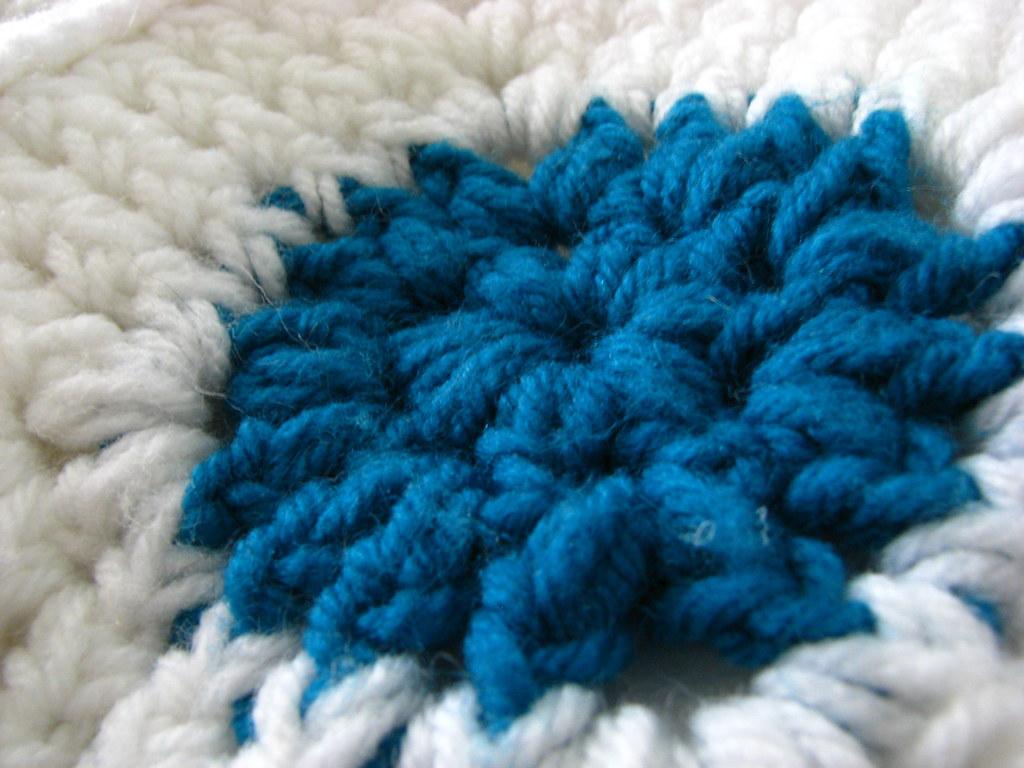 crochet blanket white turquoise 1