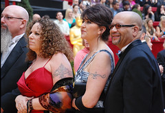 Oscar, Wild People on the Red Carpet (Pulicciano) Tags: red film carpet george losangeles oscar picture award cameron hollywood butler actress winner actor paparazzi candidate academy clooney gerard redcarpet 2010 diaz pulicciano