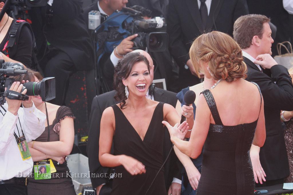 Kathy Ireland & Melissa Rycroft - Oscars 2010 Red Carpet 7714