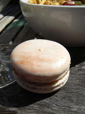 macaron au foie gras.jpg