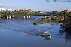Ebro (Lumley_) Tags: españa water rio pilar puente spain agua nikon barco ciudad zaragoza nadar vicente 1855mm lumley ebro boya basílica rubio pescar d60 aragón
