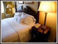 travel-insurance-hotel-roon