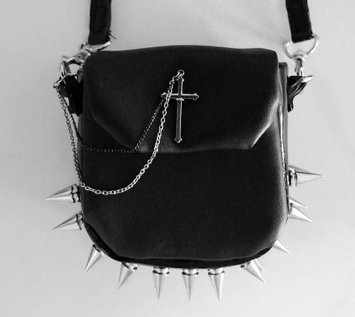 Monastic Sling bag01