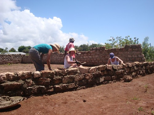 Makongeni Nursery School Walls going up...