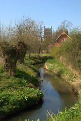 TEWKESBURY (chris .p) Tags: england abbey spring nikon gloucestershire april 2010 tewkesbury d80