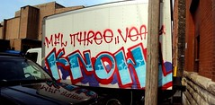 knowl (+PR+) Tags: chicago graffiti three trucks mfl knowl vear