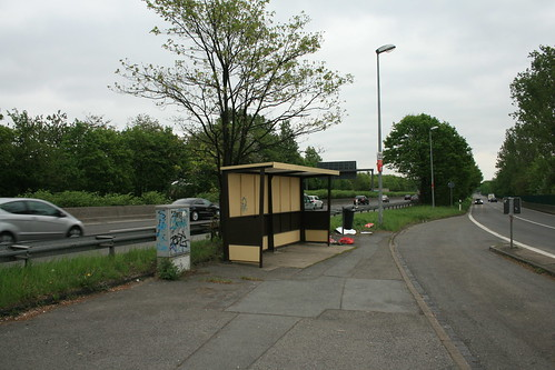Only Losers Take The Bus: Bushaltestelle in Styrum