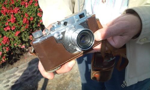 新宿御苑で出会ったら老夫婦のカメラ